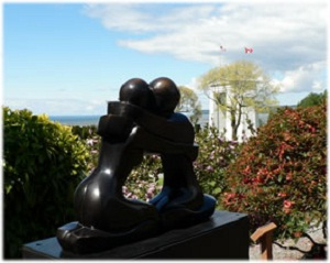 Learn more about the Peace Arch Park Sculpture Call!
