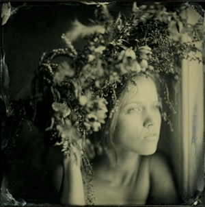 Learn more about the In Bloom Exhibit from Darkroom Gallery!