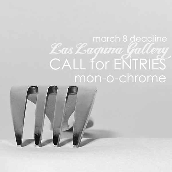 Learn more about the mon-o-chrome exhibit from Las Laguna Gallery!